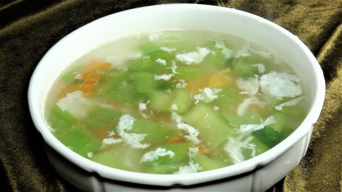芥菜鹹蛋湯