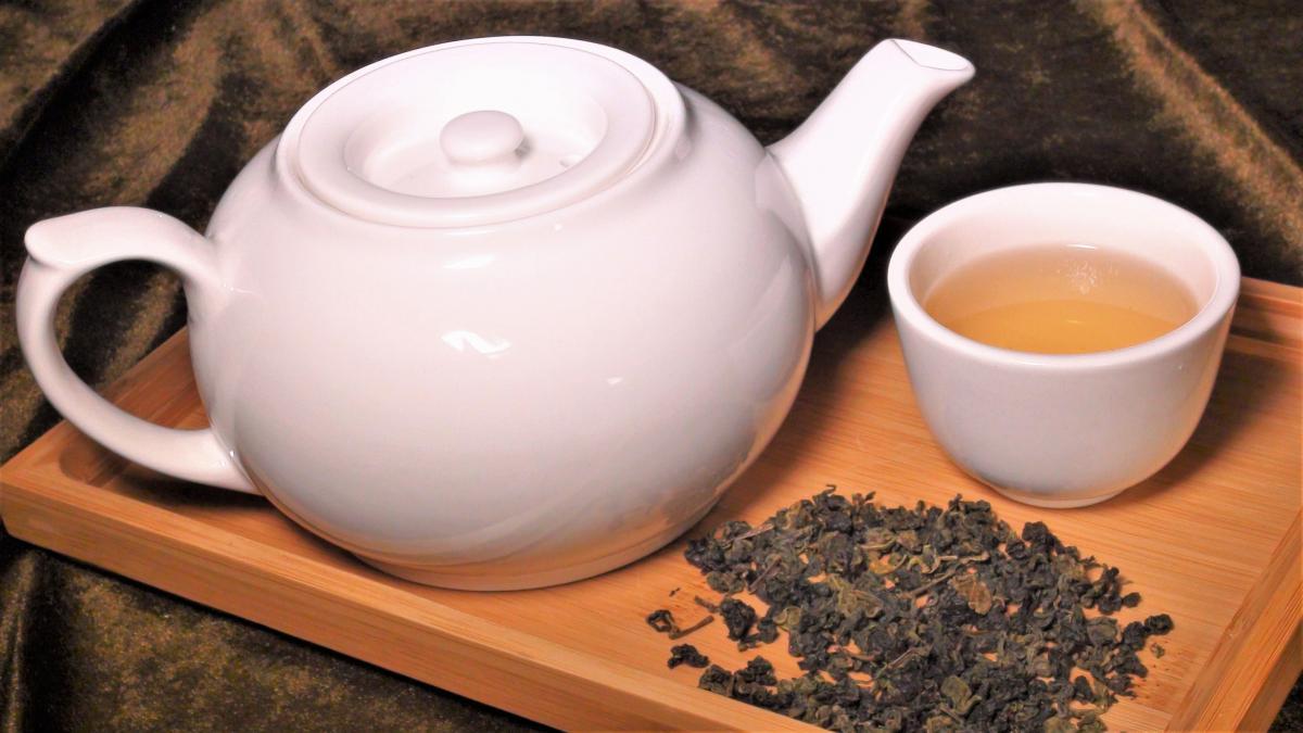 烏龍茶 (壺)