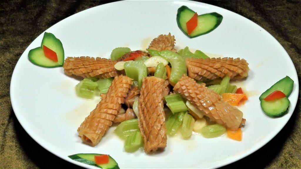 西芹炒魷魚