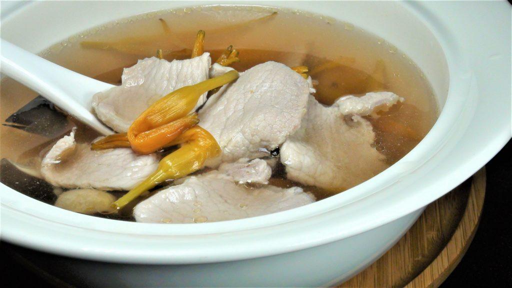 金針肉片湯